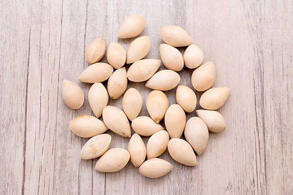 Tổ yến kết hợp với hạt sen, táo tàu, bạch quả và nhãn nhục sẽ mang lại tác dụng như thế nào ? 2