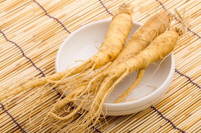 Biến tấu với món tổ yến hầm hạt sen và nhân sâm 1