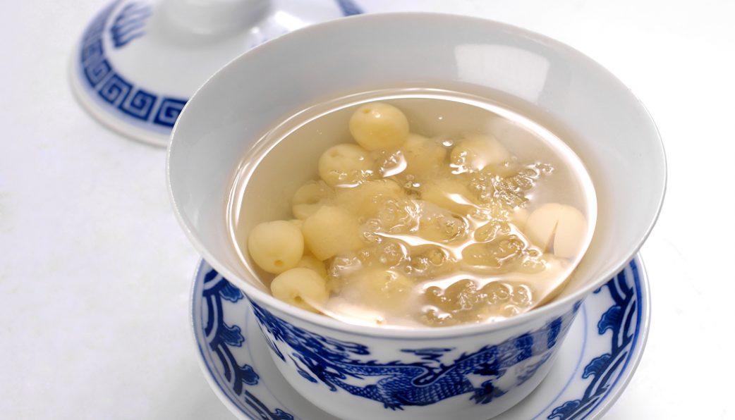 5 Cách chưng tổ yến hạt sen ngon thơm đúng điệu, bạn đã biết chưa ? 1