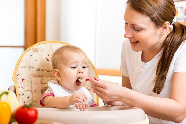 Có nên cho trẻ nhỏ uống nước yến thường xuyên ? 2
