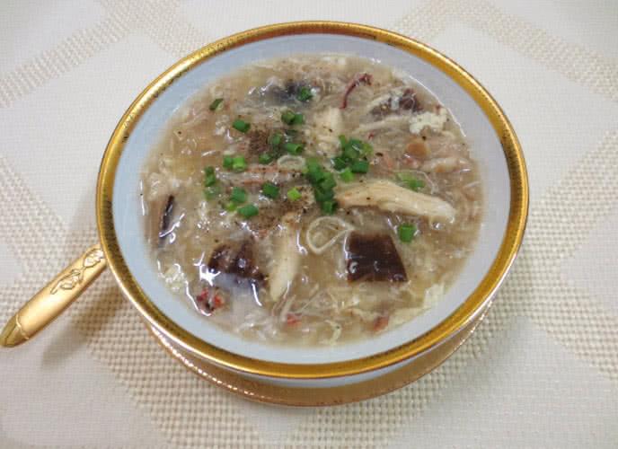 Đổi vị ngày mưa với món súp tổ yến gà thả 3