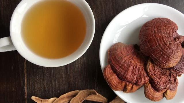 Trà Linh Chi Hàn Quốc hộp gỗ - Thức uống bổ dưỡng tiện lợi 3