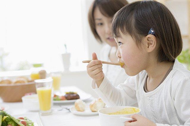 Trẻ em ăn nhiều tổ yến sào có tốt không và nên cho trẻ ăn yến lúc nào tốt nhất? 3